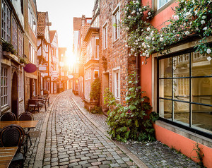 Старый  европейский город на закате