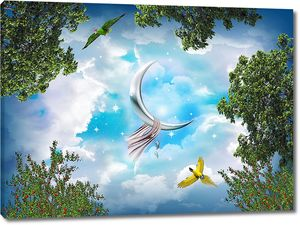 Месяц в небе окруженном деревьями