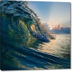 Летний дизайн шаблона. Красивый закат с surf и Солнечный свет через ломать волны