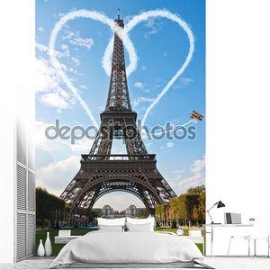 Франция Париж Эйфелева башня во время заката