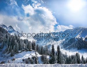 Горы зимой
