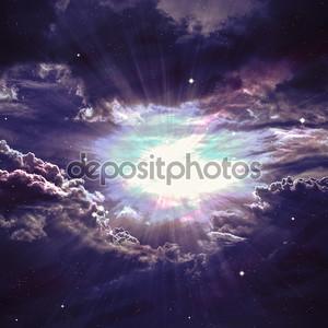 Звездное поле в глубоком космосе много световых лет от земли. Элементы этого изображения, представленной НАСА