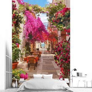 Уличная кафешка в цветах