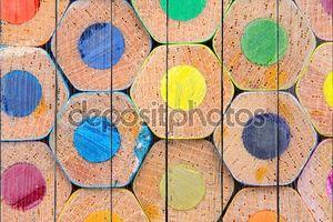 Макрос изображение цветные карандаши