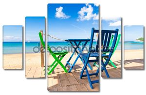 Терраса на пляже с видом на море
