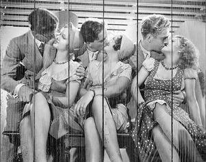 Три целующихся пары