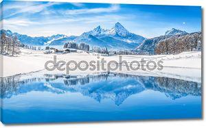 Снежные вершины в Альпах