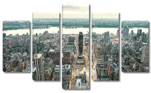 Amazing skyline of Manhattan - New York Skyscrapers