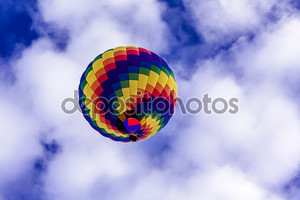 Разноцветный воздушный шар