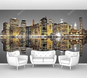Манхэттен, Нью-Йорк в отражении