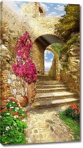 Дорога к морю через арки и лестницы
