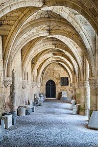 Арка путь в древней крепости