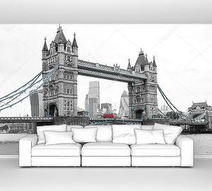Лондонский Тауэрский мост в черно-белых тонах