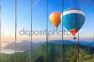 красочные использующие горячий воздух воздушные шары