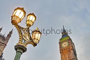 Башенные часы Биг Бен в Лондоне, Англия