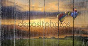 Потрясающий Восход воздушные шары над пейзаж Саут-Даунс