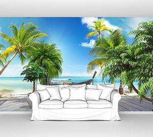 Панорама с красивым пляжем и пальмами