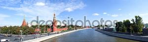 Панорама Москвы. Кремль. Москва река