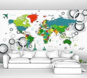 Город на фоне карты мира