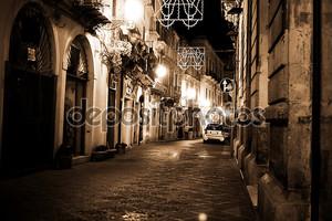 Старый ночной город