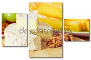 Натюрморт с сыром и грецким орехом