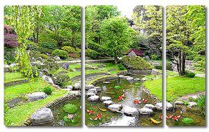 Китайский сад с водоемом
