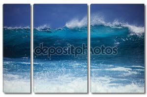 Штормовых приливов прибоя против Оаху берега