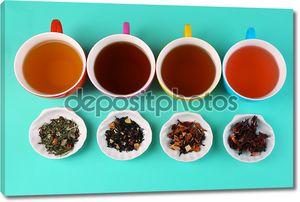 Ассортимент чая на фоне цвета
