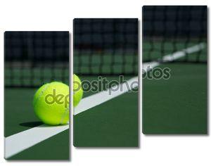 Теннисный мяч с Net в фоновом режиме