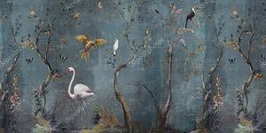Тропические птицы в темном лесу