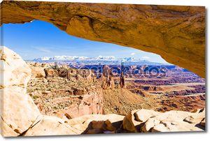 Mesa Arch, Canyonlands National Park, Utah, USA