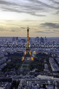 Эйфелева башня и champ de mars, Париж, Франция.