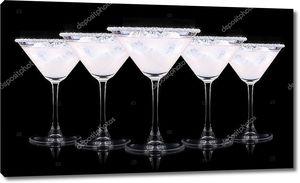 стакан коктейля Пина колада