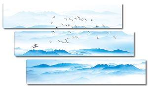 Птицы летят над волнами