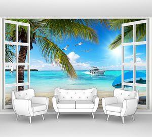 Пляж с пальмами в открытом окне