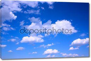 олень синее небо и облака