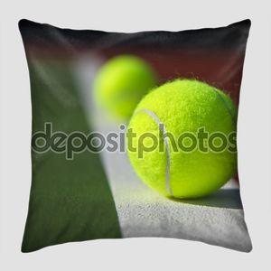 Базовая линия теннисные мячи