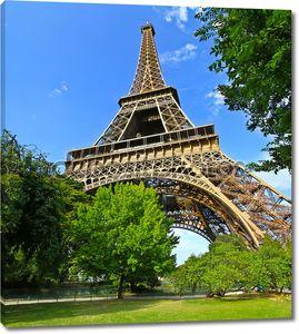 Париж Эйфелева башня во Франции во время Солнечный день