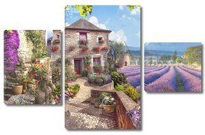 Дорога к дому рядом с фиолетовым полем