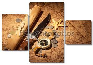 Компас, нож, монета и звезда на старых картах фона.