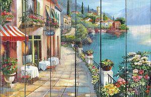 Милые уличные кафе на набережной