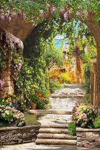Дорожка в цветочном саду