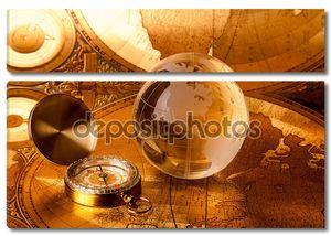 Золотой глобус и компас