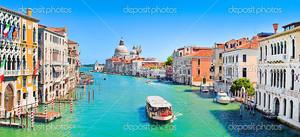 Панорамный вид на знаменитый канал Гранде в Венеции, Италия