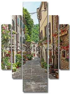 узкая старая улица
