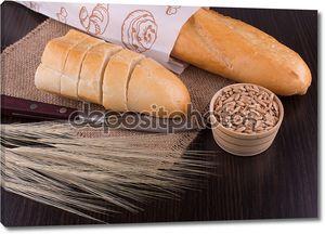 Натюрморт с хлебом на доске