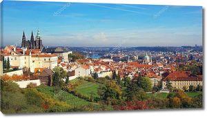Панорама Праги с Пражским градом