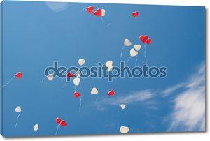 Сердце шаров в небо