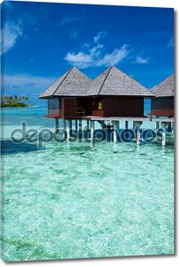 пляж с бунгало на Мальдивы
