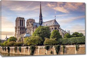 Нотр-Дам в Париже.